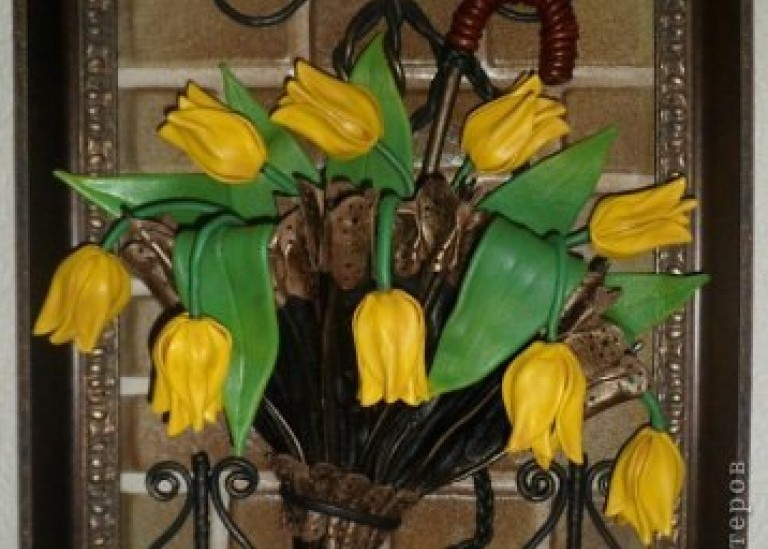 Панно из кожи. Желтые тюльпаны в зонтике