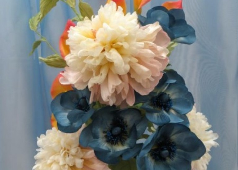 Создание простого и очень красивого цветка  каллы из шелка