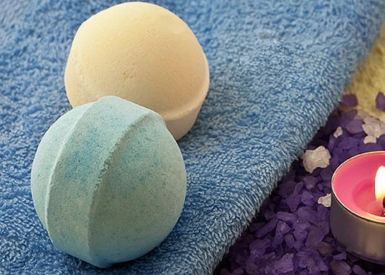 Как  легко сделать бомбочку для ванны своими руками?