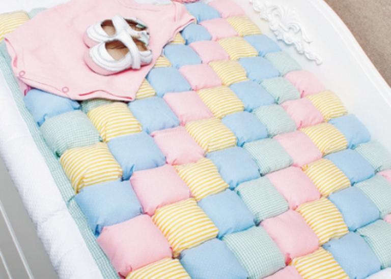 Детское одеялко из «пузырьков» в технике пэчворк