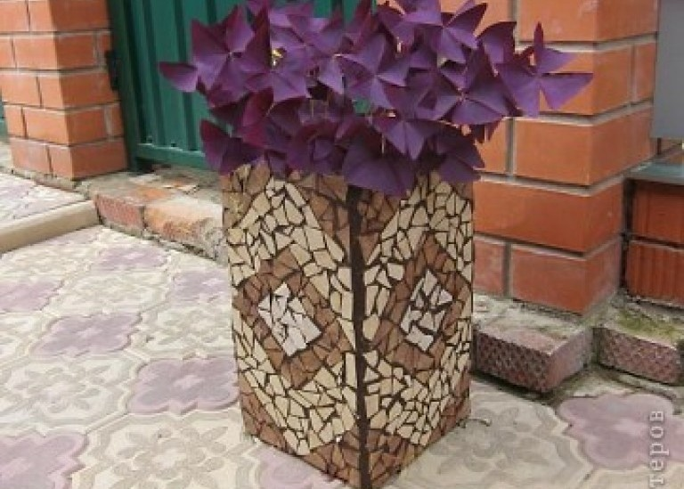 Декоративная подставка для цветов. Мозаика