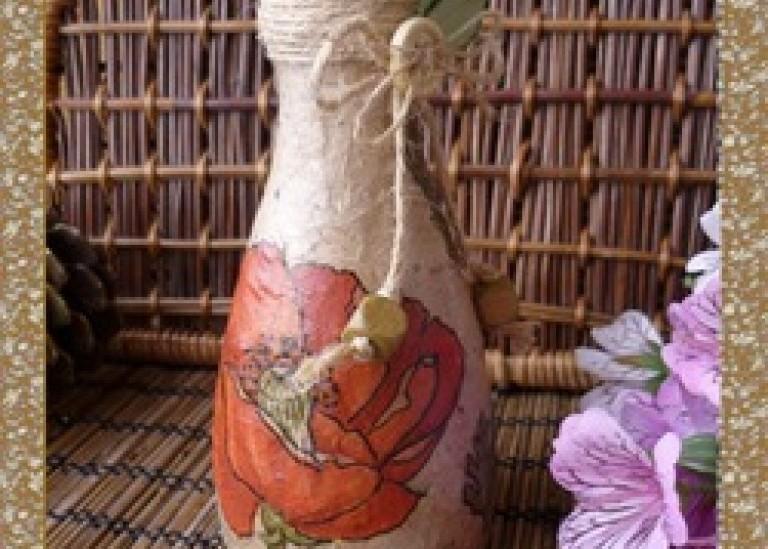 Вазочка с маками в деревенском стиле