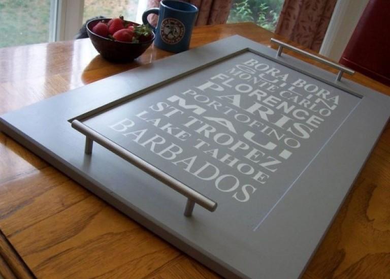 Кухонный поднос из дверцы шкафчика своими руками